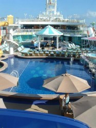 NCL Gem Tahitian Pool.jpg