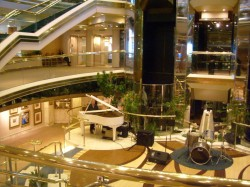 Majesty of the Seas Atrium.jpg