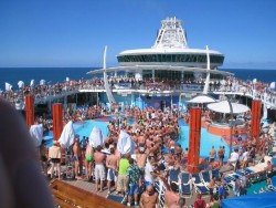 Freedom of the Seas Pool Party.jpg
