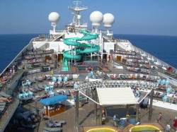 Carnival Glory pool deck.jpg