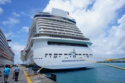 Bow of the Norwegian Getaway docked at St Martin.jpg