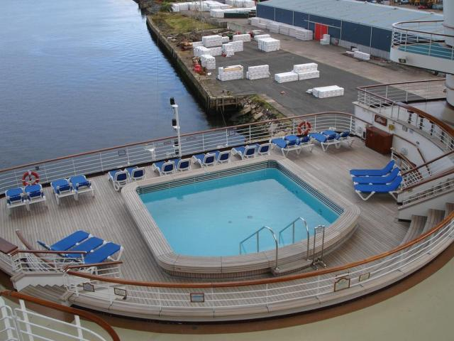Caribbean Princess - Photo Tour and Commentary page 2 |Pool Terrace Grand Princess