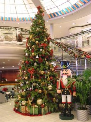 Christams Tree aboard the Crystal Symphony.jpg
