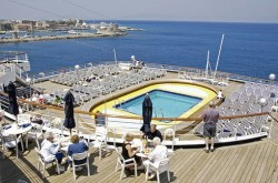 A pool on board the ms Rotterdam cruise ship.jpg