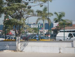 Walmart at Puerto Vallerta.JPG