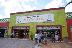 Welcome to Puerta Maya sign in Cozumel.jpg