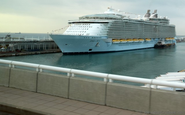 Oasis of the Seas Cruise Ship Docked in Barcelona.jpg