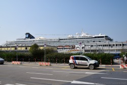 Norwegian Spirit Cruise Ship docked at Port of Venice.jpg
