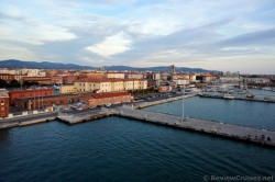 Piers of Port of Livorno Italy.jpg