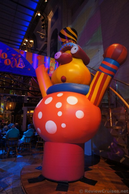 Large Balloon character at Royal Promenade Royal Caribbean Explorer of the Seas.jpg