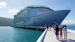 Allure of the Seas Pictures